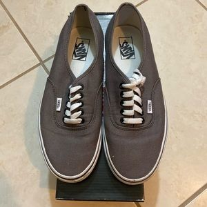 Vans authentic style shoe pewter/black size 10
